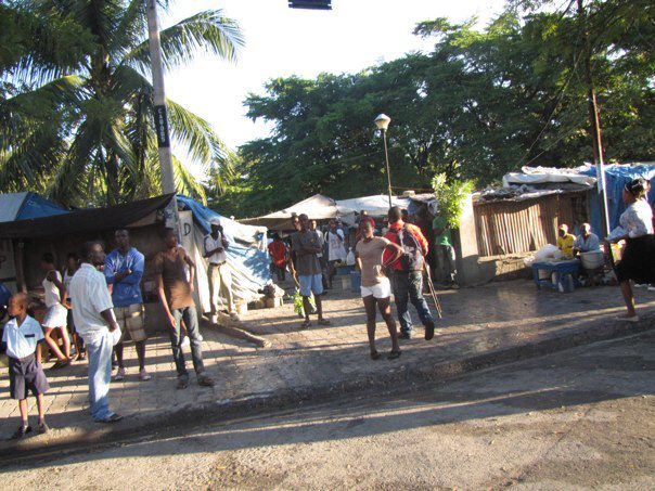 3-dec-2012-manifestation-camp-sainte-anne1