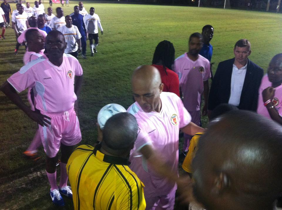 martelly-foot-ball-rose